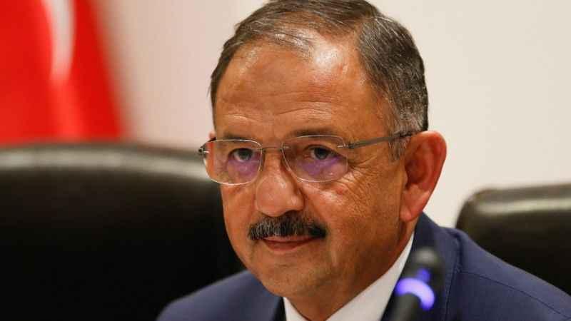 AKP, 20 ildeki belediye başkan adaylarını açıkladı