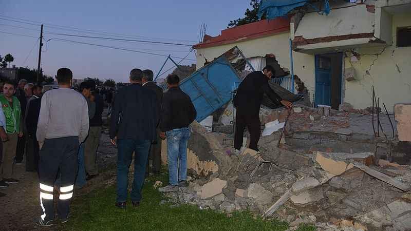 adiyamanda-51-buyuklugunde-deprem-2.jpg