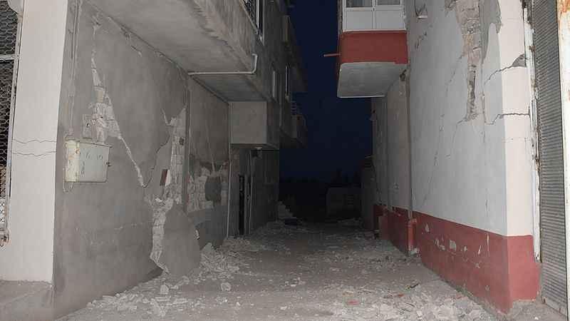 adiyamanda-51-buyuklugunde-deprem.jpg